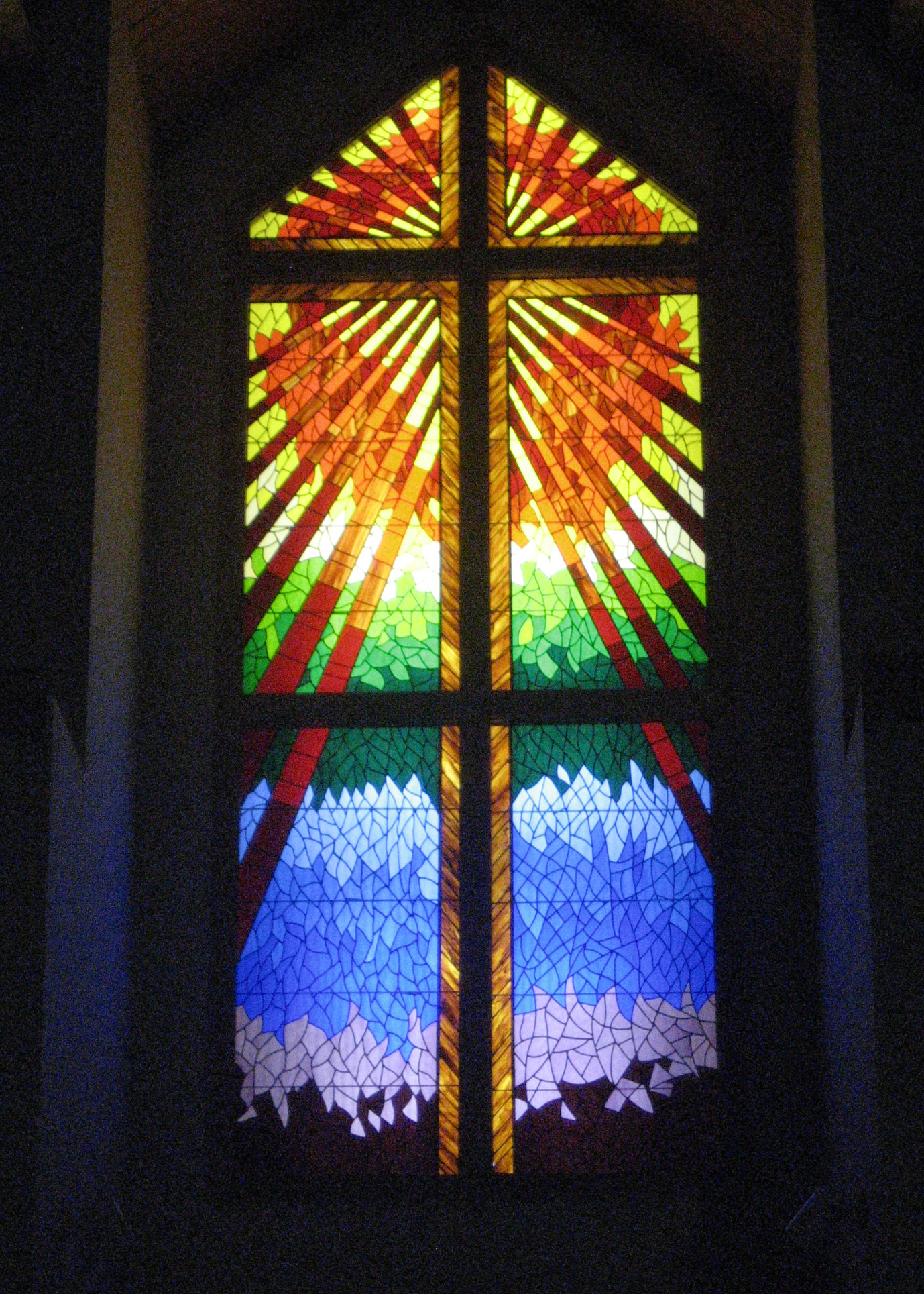 Glass At The Hood River Christian Church - Hood River, Oregon